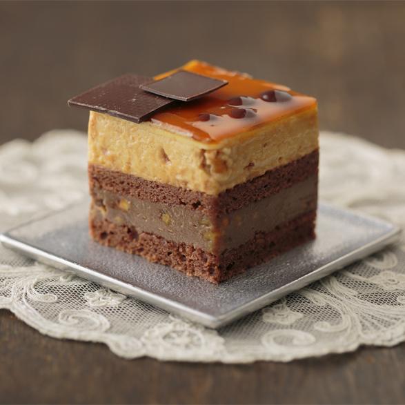 キャラメルくるみのショコラケーキ
