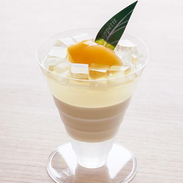 とろける杏仁の白桃ゼリー